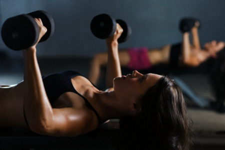 Женщины могут испытывать оргазм от физических упражнений
