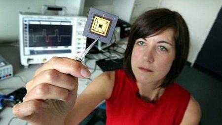 Вживляемые микросхемы для бионического глаза прошли лабораторные испытания