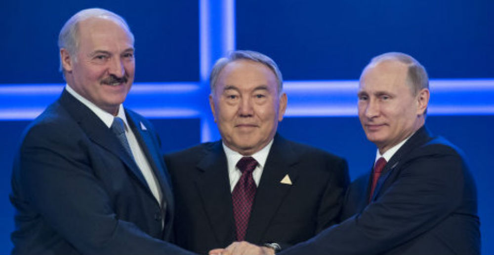 главы трех государств