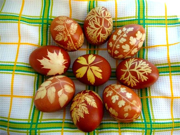 как сделать узоры на пасхальных яйцах