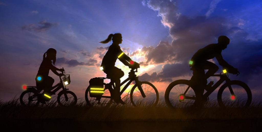 отражающие элементы на одежде и велосипедах