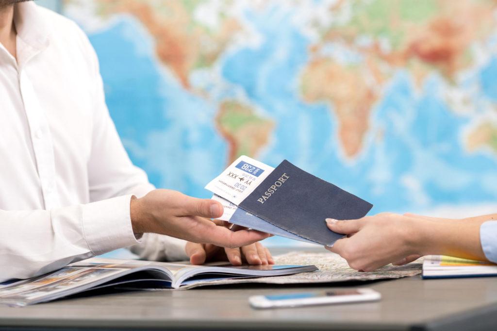 Закон о компенсации за отмену тура за границу принят в первом чтении