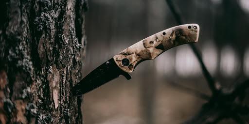 Как выбрать хороший туристический нож